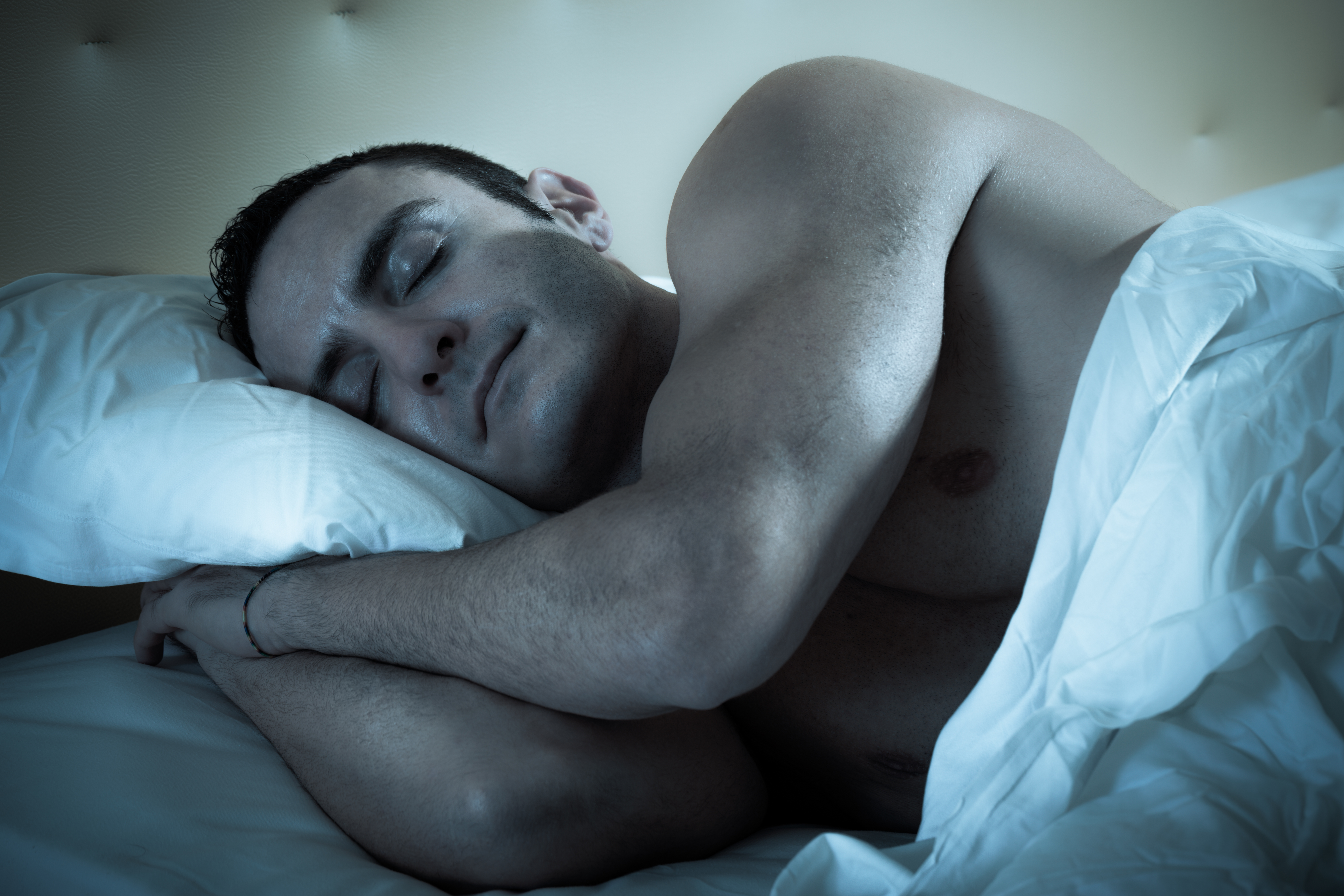 Спящий мужик фото 20 фотография